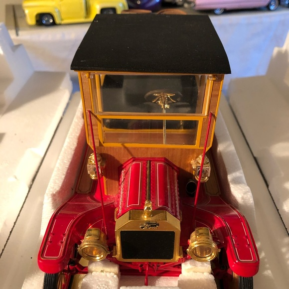 Franklin mint 1913 Ford model T's